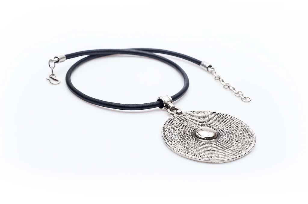 Посребрен медальон КН-0301002015