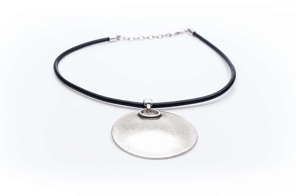 Посребрен медальон КН-0301002019