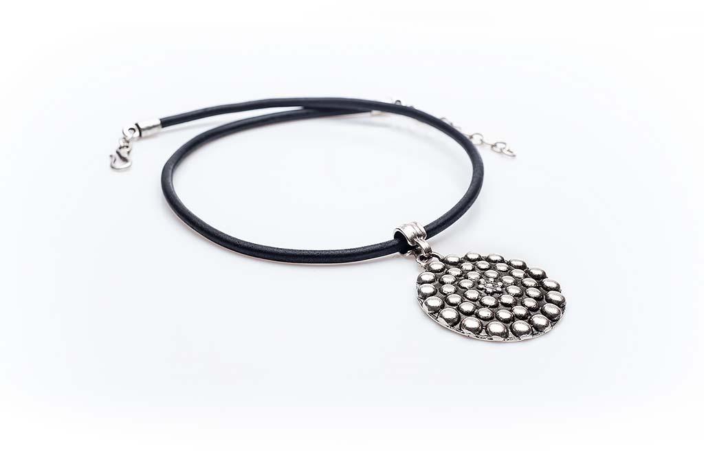 Посребрен медальон КН-0301002022