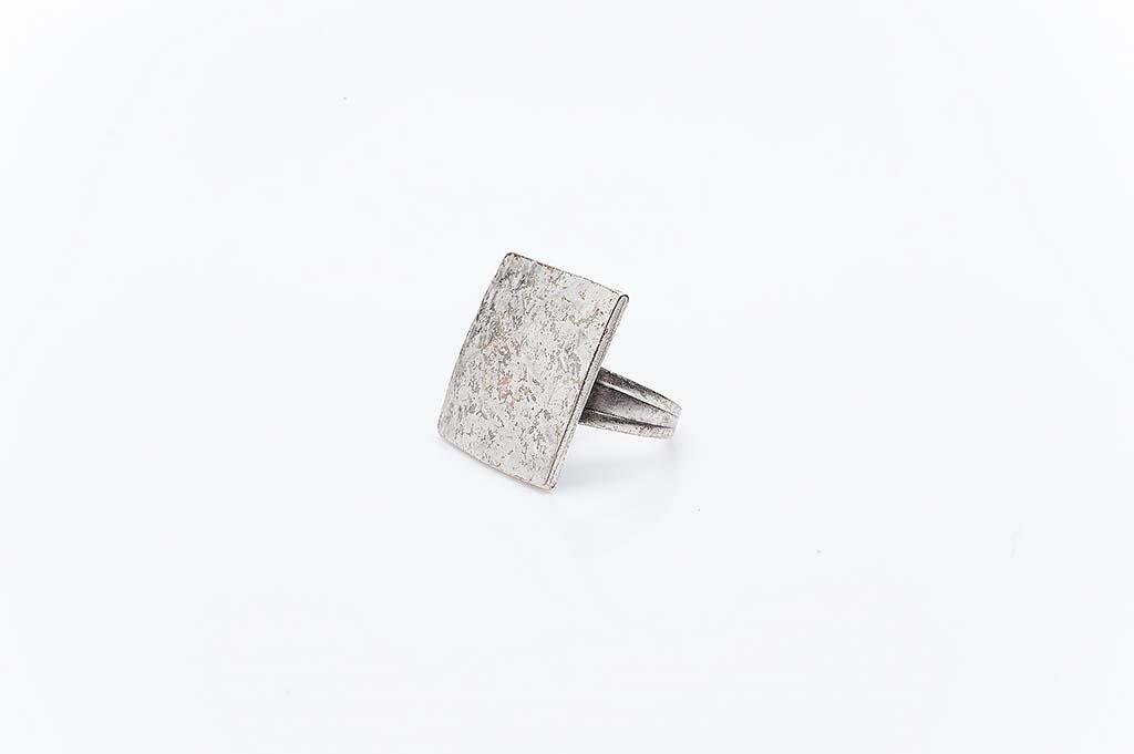 Посребрен пръстен КН-0303004045